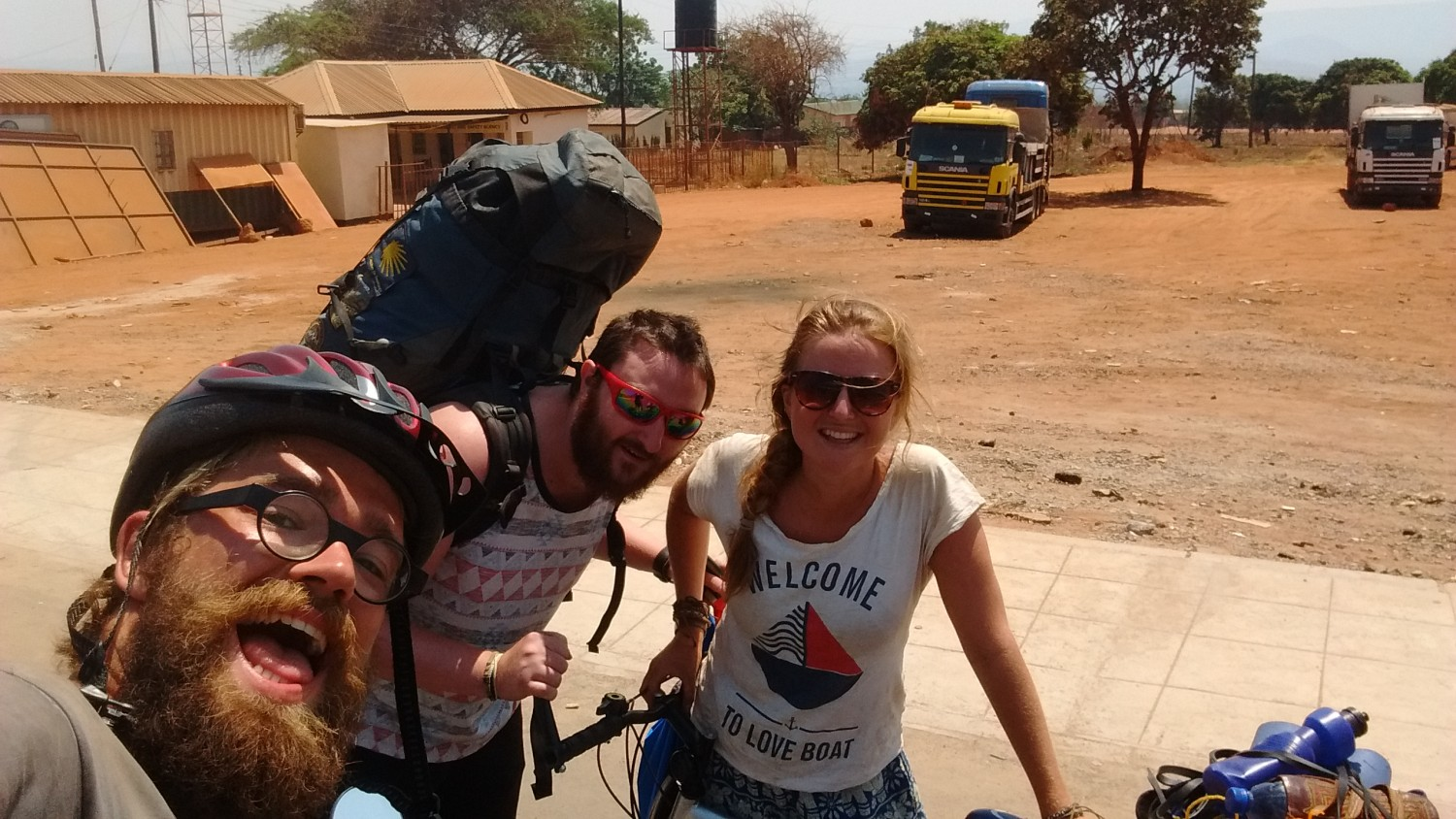 Crossing the border from Malawi to Zambia